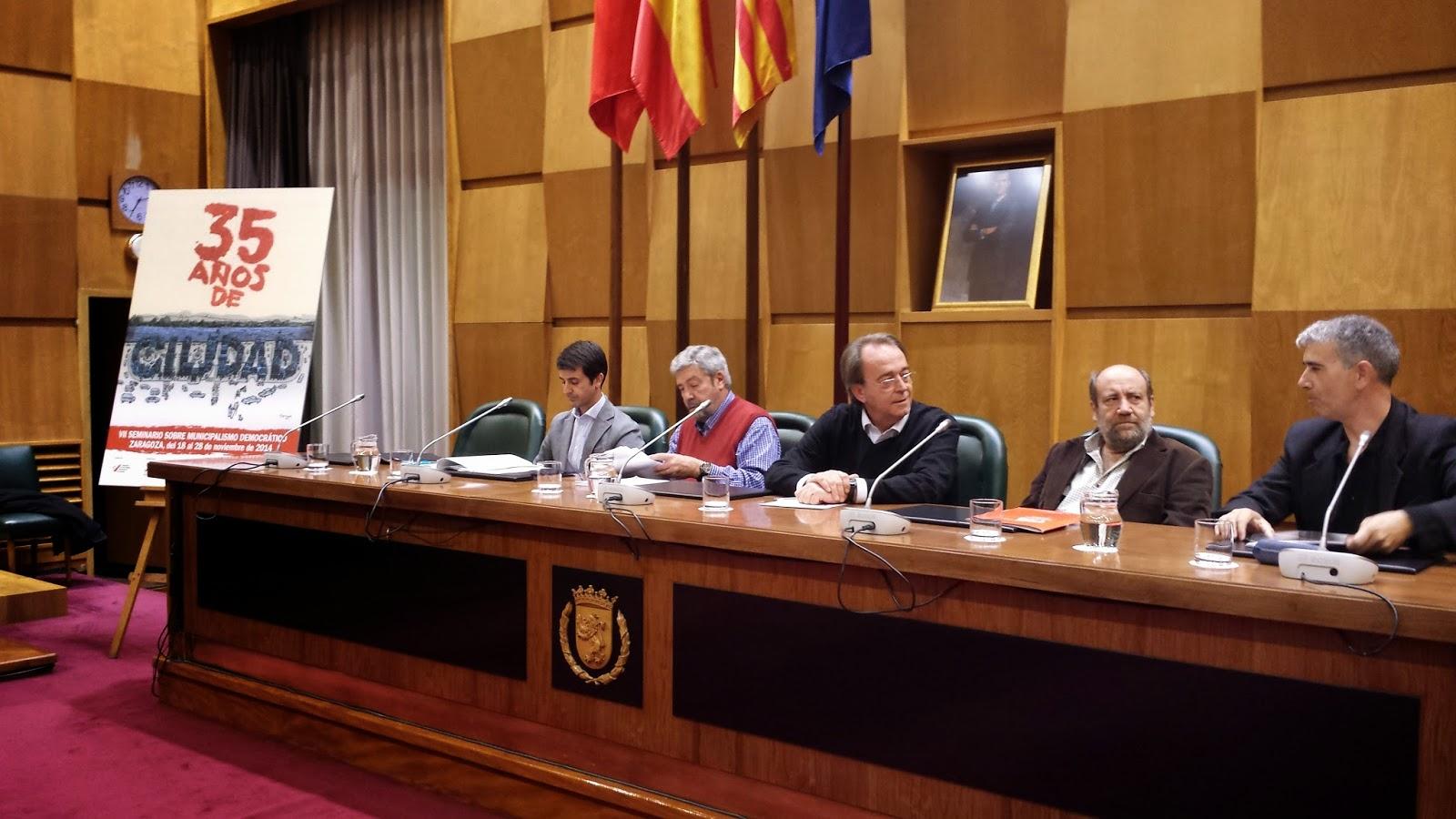 La falta de financiación y las competencias municipales centran el arranque de las jornadas en el Ayuntamiento de Zaragoza
